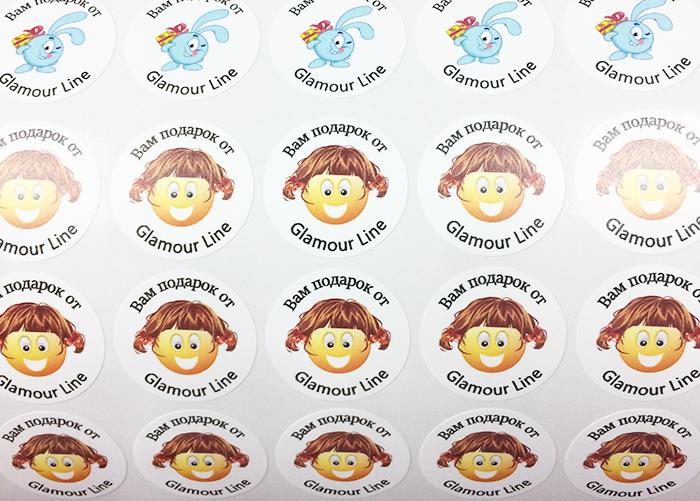 Печать круглых наклеек с выборкой фона. Печать маленьких наклеек с резкой