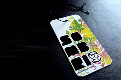 Вырубные красивые бирки для одежды с отверстием